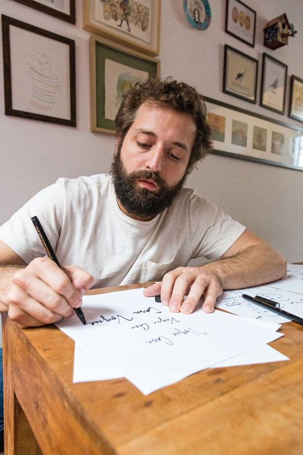 """Gregorio Duvivier: """"Gosto de ficar em casa, desenhando e tocando trombone"""" (Foto: Ricardo Miura)"""