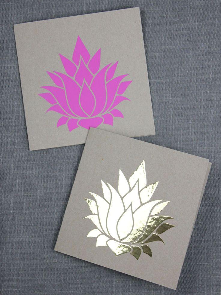 Plotter-Freebie Lotusblüten, für Yoga-Shirts, Glückwunschkarten, als Fensterdekoration oder auch als Geschenkanhänger | kugelig.com
