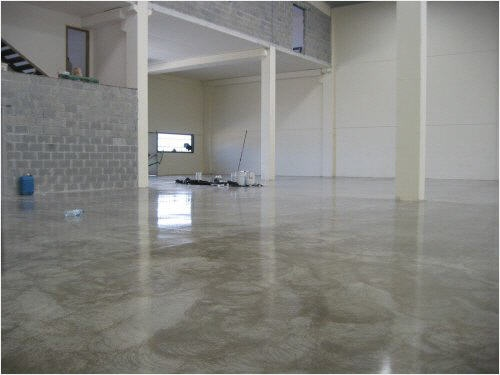 epoxy boden i would slip and break my neck on this floor but how beautiful it caparol bodenbeschichtung