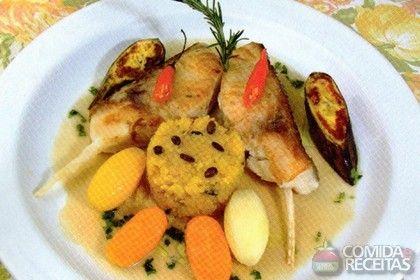 Receita de Carré de tambaqui com farofa de maracujá em receitas de peixes, veja essa e outras receitas aqui!