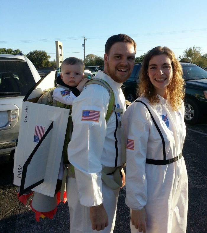 NASA space astronaut family DIY Halloween costume idea:  Child at Heart Blog