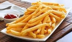 Máte rádi hranolky? Připravte si je v zdravější variantě, bez oleje a smažení.