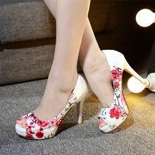 2016 carreira escritório da mulher do partido moda red inferior peep toe Sexy bombas plataformas mulher flores imprimir sandálias além Big size 34 - 42(China (Mainland))