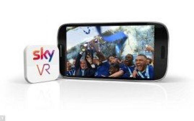 VR app arriva la nuova app di Sky (realtà virtuale) Missione Virtual Reality: dopo aver cambiato la pay TV in Italia Sky si lancia nel mondo dei contenuti VR con una nuova applicazione per smartphone e visori Oculus e Gear VR: l'applicazione è gratuit #skyvrapp #realtàvirtuale #sky