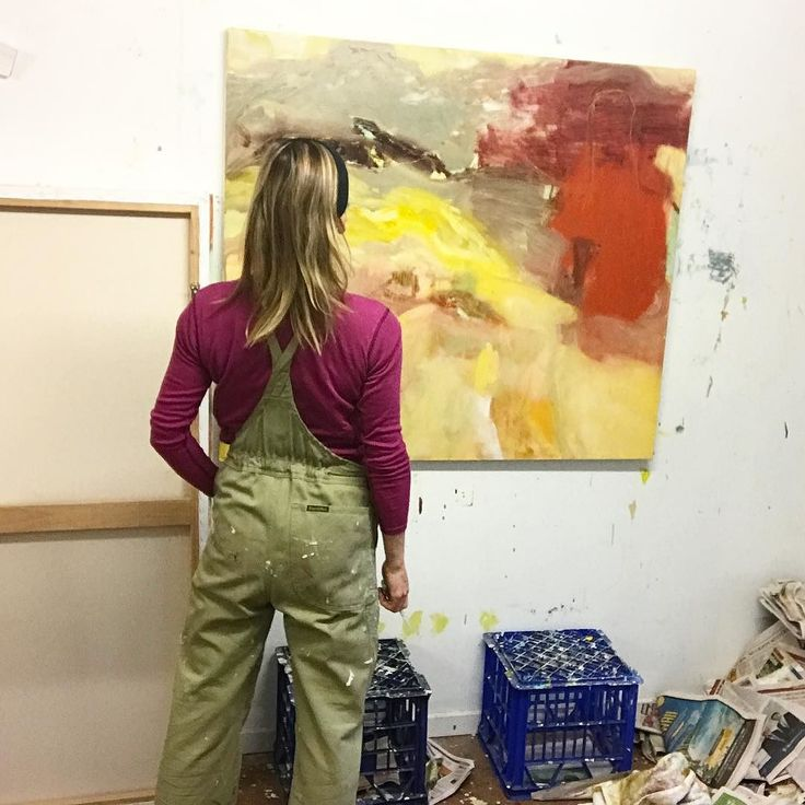 Back in the overalls and on the tools today! Well...it's a start . . . #behindthescenes #studiovibes #thiscreativelife #inthestudio #abstractlandscape #painting #felicityoconnorartist #creativesoul #worktodo #workinprogress