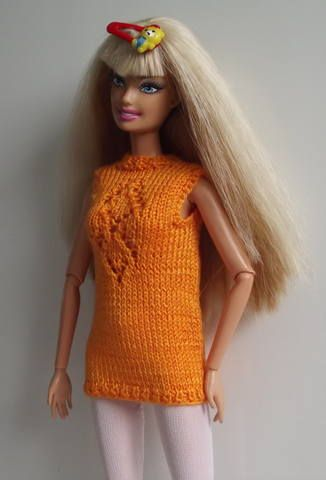 Barbie knitted top, hopefully will translate.