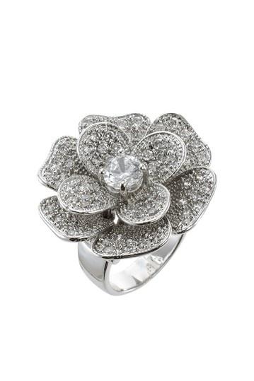 Jardin Pave CZ Flower Ring