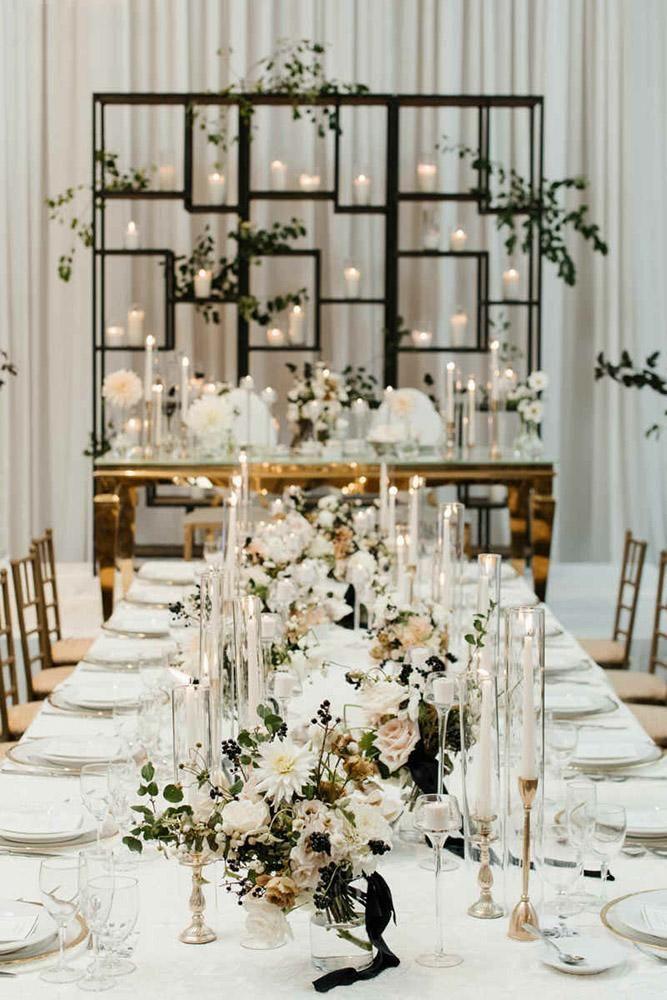 24 Cool Minimalist Wedding Decor Ideas Wedding Forward White Wedding Decorations Minimalist Wedding Decor Wedding Table Settings