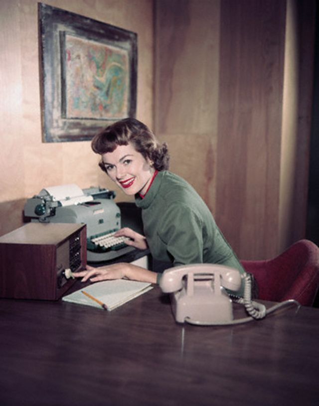 A collection of interesting vintage pictures of women woking in office over the decades...