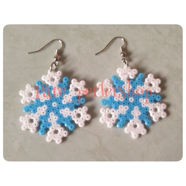 Snowflakes earrings perler beads by pare_perlershop