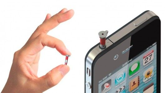 Plugging neatly into your smartphone headphone jack, the