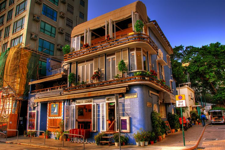 https://flic.kr/p/zdkRA | Stanley house in the late afternoon | House on the Promenade, Stanley, Hong Kong.