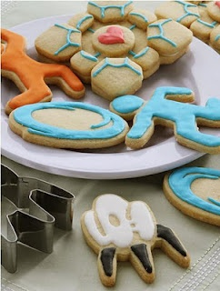 We have these cookie cutters and will be making these for Sidney's class on Friday. :)