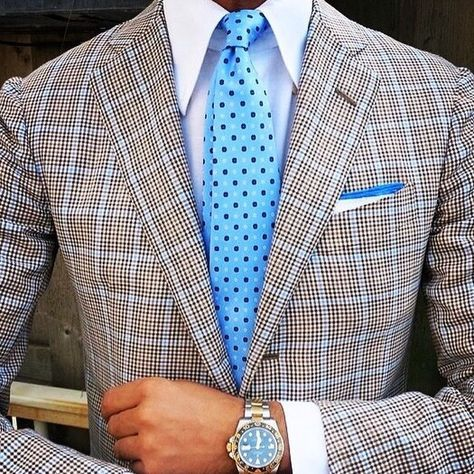 Baby blue is such a great Spring color for men.  This look is classy and far from ordinary.