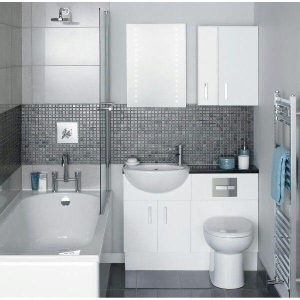 Ytterligare ett ytoptimerat badrum där allt får plats. Kompakt, smart och stiligt badrum.