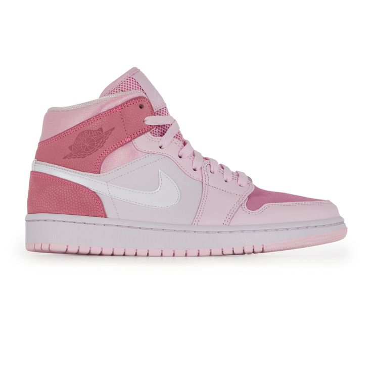Épinglé sur Jordan Sneakers