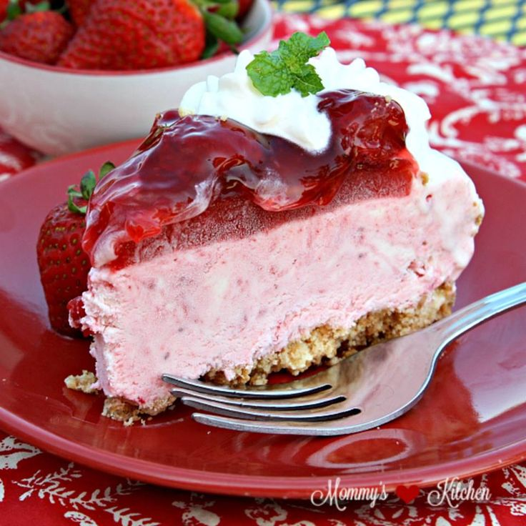 No Bake Strawberry Ice Cream Cake   Crazy Delicious Recipes you will LOVE!