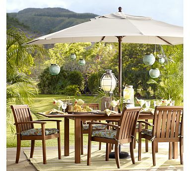 Rectangular Umbrella - #potterybarn love this one. Believe we will be ordering this soon.