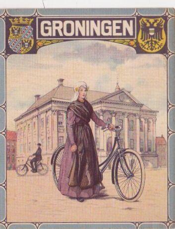 dubbelkaarten van de eerste Nederlandse rijwielfabriek uit Deventer van 1927  Burgers ENR te Deventer  De voorzijde een dame of heer in klederdracht met een fiets  De achterzijde heeft allemaal dezelfde afbeelding  Binnenzijde een fietskaart van de bijbehorende provincie  Formaat is 15 X 12 cm gesloten, geopend is de kaart 15 X 24 cm #Groningen