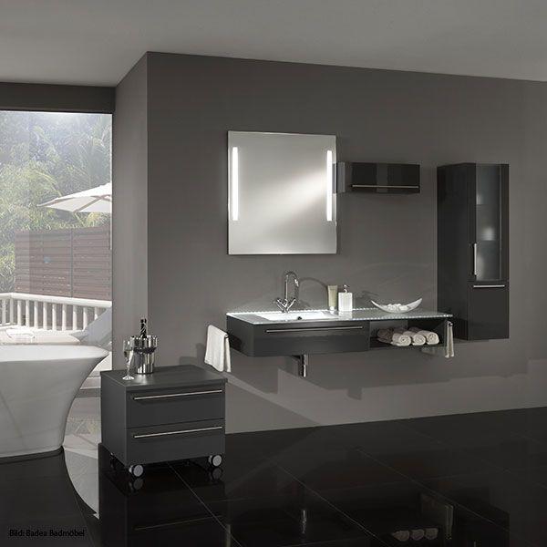 Pure Eleganz U2013 Moderne Badezimmer Zeichnen Sich Vor Allem Durch Dezente  Farben, Wie Weiß Und