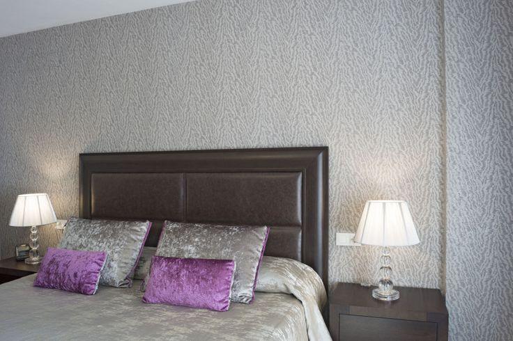 111 best nuestros trabajos clientes contentos images on for Papel pintado para el dormitorio adulto moderno