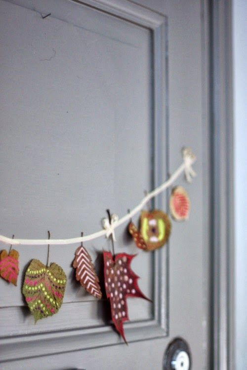 ~ DIY Painted Autumn Leaves Garland ~