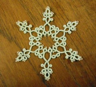 Frivole's Tatted Snowflake with pattern chart .......... Lots of gorgeous snowflakes but no patterns .... *i*