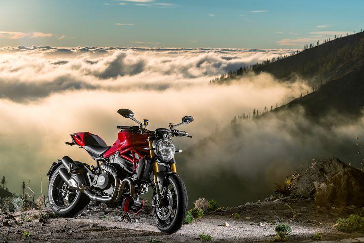 Ducati monster 1200S, motomag.com