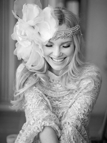 Boho Wedding hairstyles and dresses