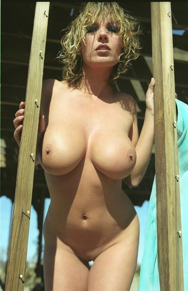 julie-k-smith-nude-pics