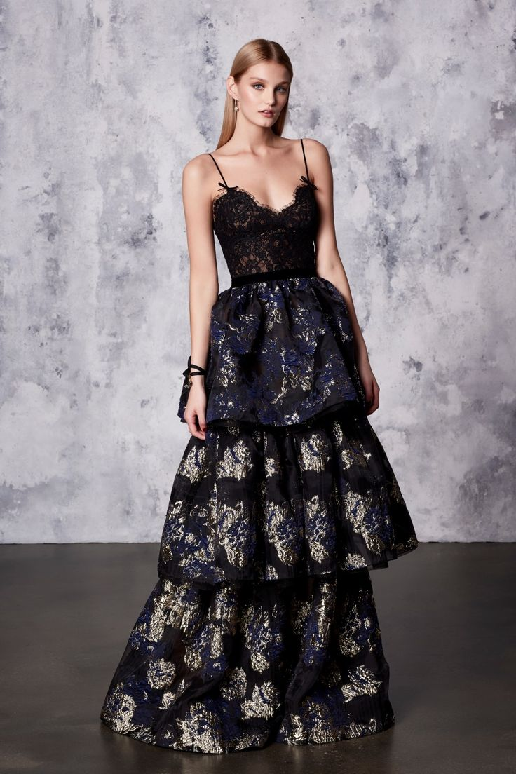 1458 best Kleider images on Pinterest | High fashion, Evening gowns ...