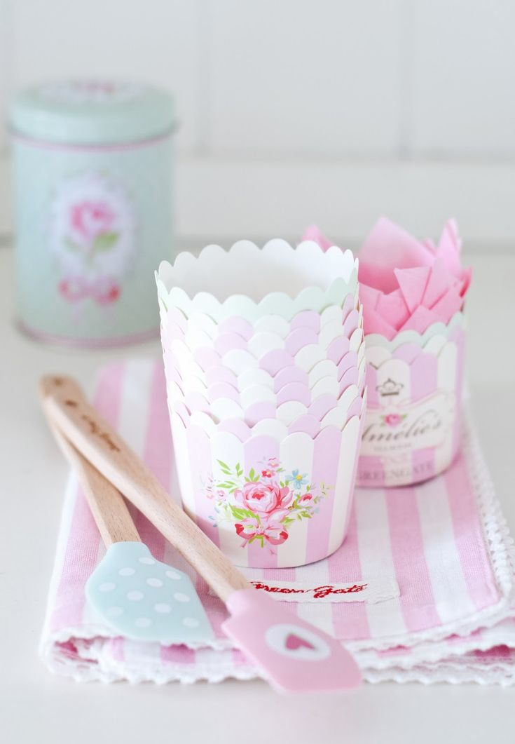 .Minty House, Cupcakes Cases, Pretty Pastel, Pink, Baking, Things, Cupcakes Wrappers, Greengate, Green Gate