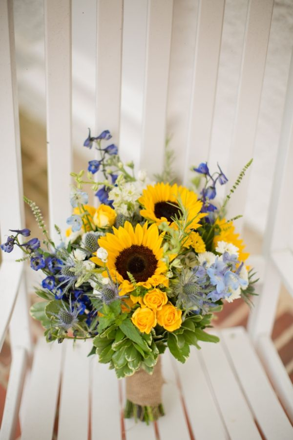 rustic-southern-wedding-sunflower-bouquet...love the look...just switch the blue out for red