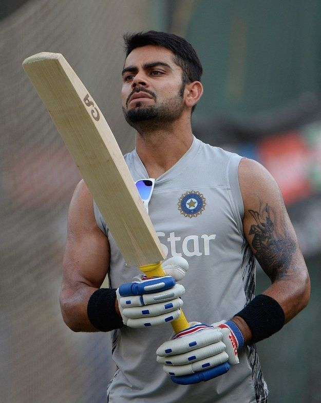 16 Convenient Excuses To Stare At The Unbelievably Sexy Virat Kohli
