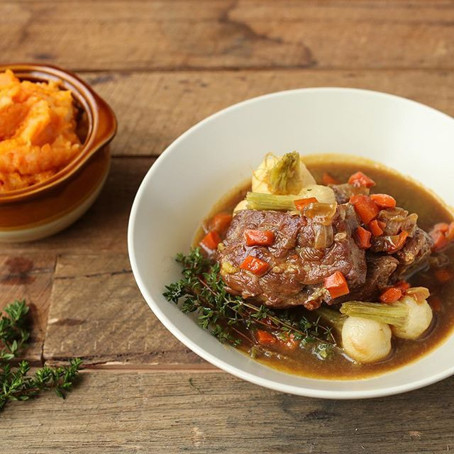 We've been getting lots of feedback, and our lamb stew is a hit!  must be the white wine in the sauce!  Tonight is your last chance to get next week's delivery of Nourissh meals to your doorstep on Sunday!  Order link in bio!  #winterwarmers #heartywholesome #nourissh #nourisshfood