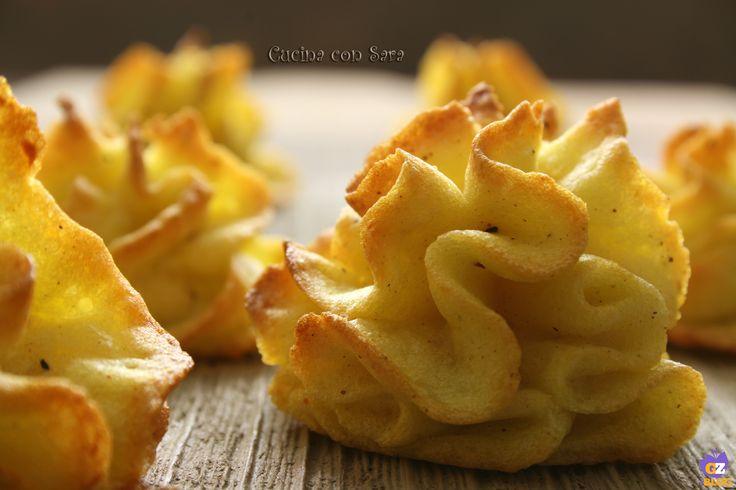 Patate duchesse ricetta, cucina con sara http://blog.giallozafferano.it/cucinaconsara/patate-duchesse-ricetta/