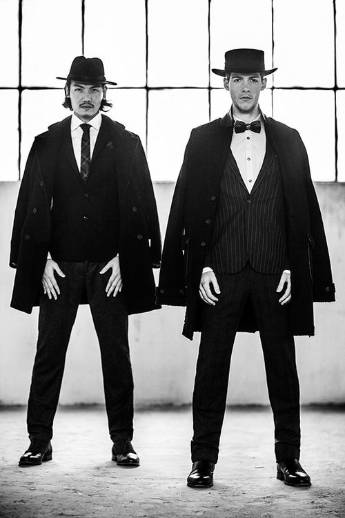 スーツ スタイル | メンズファッションスナップ フリーク 男の着こなし術は見て学べ。