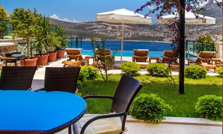 VİLLA MONA1, 5 bedroom luxury villa with infinity pool.Close to beach and downtown.Sleeps 10.#kalkan