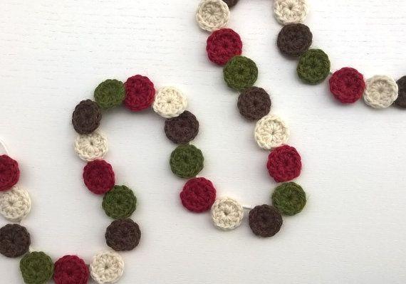 Crochet Christmas Garland Circles by AGirlNamedMariaDK on Etsy