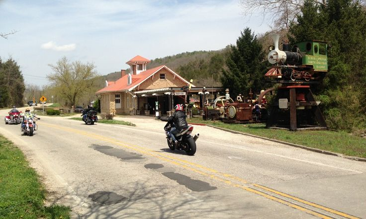 hindu single men in eureka springs William doolin was an arkansas-born outlaw who rode with the infamous dalton outlaws in the oklahoma territory and indian  to eureka springs  bill doolin.