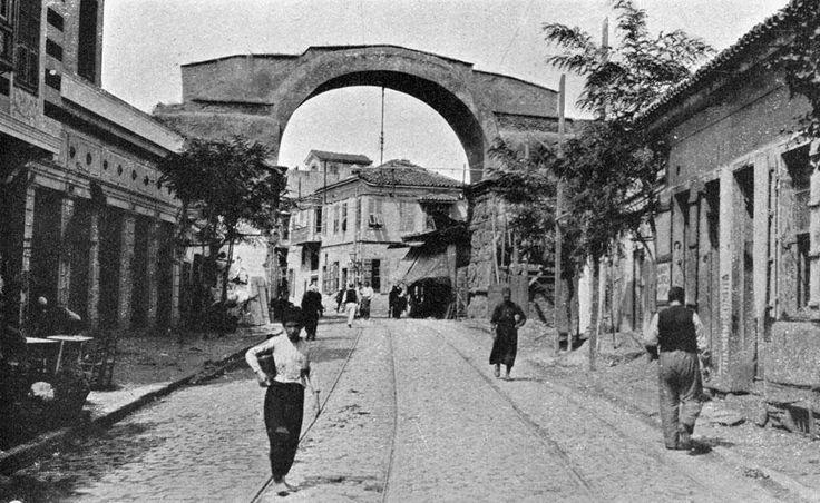 Θεσσαλονίκη, η Αψίδα του Γαλέριου, 1909