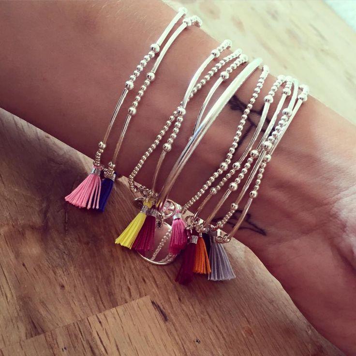 Bracelets en argent composés de perles et pompons - l'Atelier d'Amaya