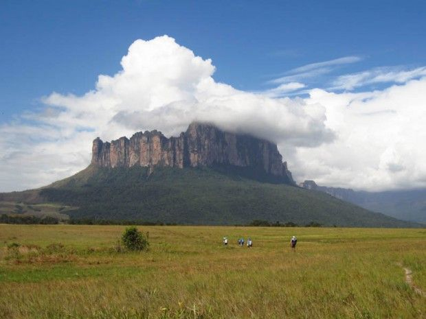 Clouds at Amuri Tepui, Venezuela - photo by ?
