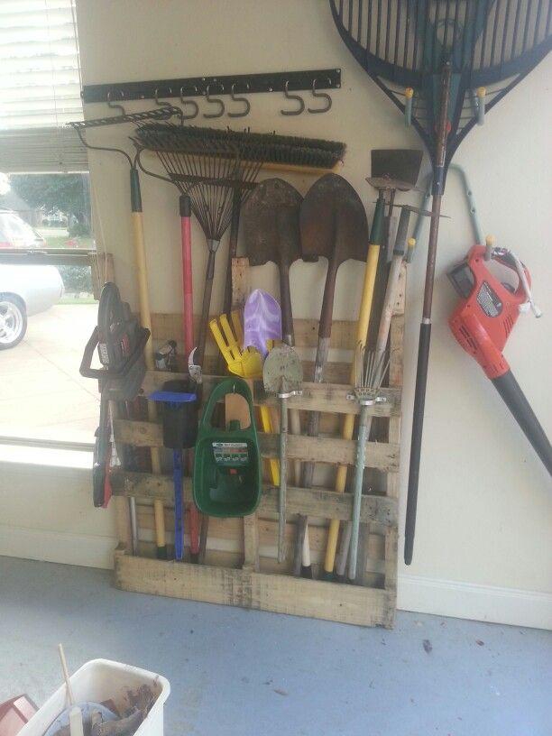 Wood pallet garden tool holder | Garden tool holder ...