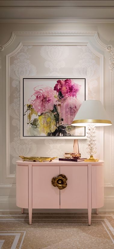 The Chic Technique:  Floral pink and white foyer or entryway.