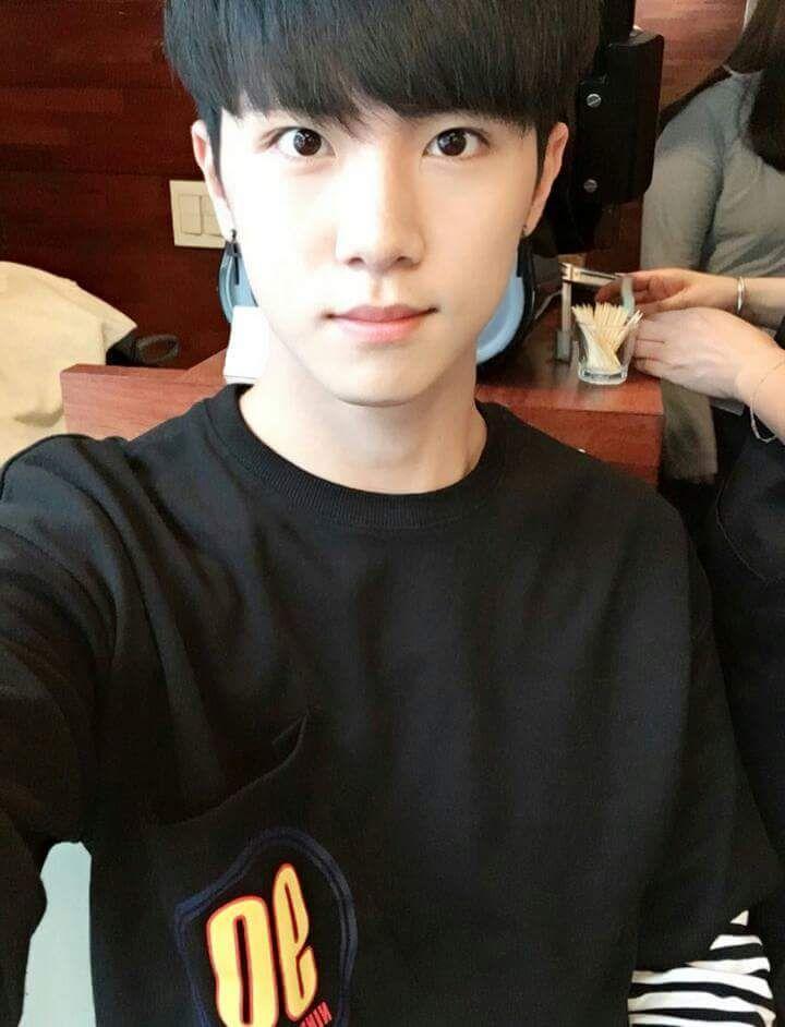 Kim Donghan 김동한