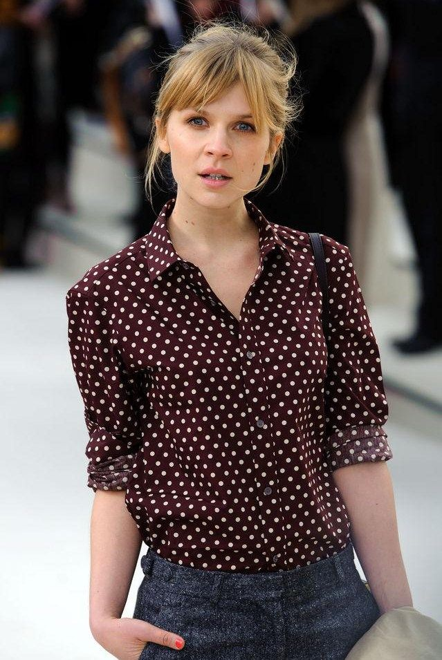 dots: Clémenc Poési, Fashion Style, Shirts, Clemence Poesy, Street Style, Polka Dots Blouses, Perfect Polka, Clemence Posey, French Style