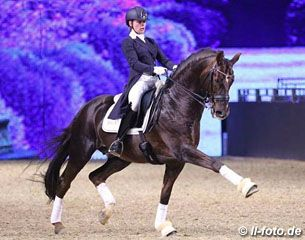17-year old junior Jil Becks on Damon Hill 3/15 - eurodressage
