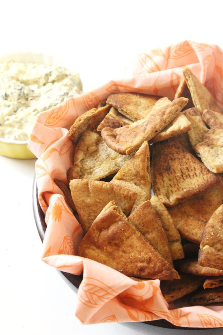 Healthy snacks like these Easy Homemade Pita Chips are an absolute must when you've got a busy schedule, or if you're just always hungry and want to snack!