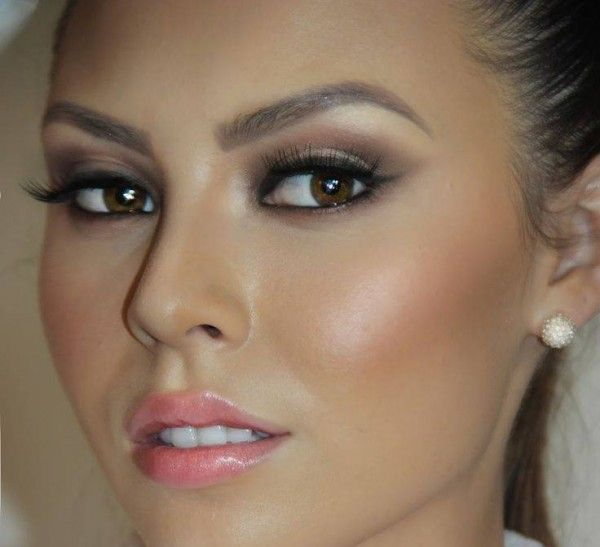 Wedding Party Guest Makeup : 17 Best ideas about Wedding Guest Makeup Looks on ...